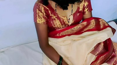 juice color sary in Indian stunning wife