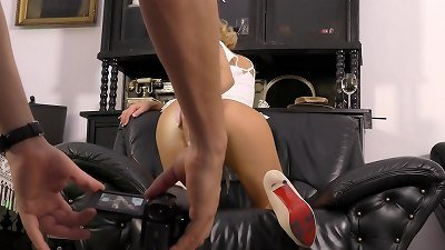 Upskirt blonde Model in front of fixed voyeur cam from the porn Shoot casting