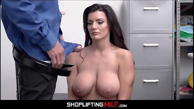 Big Tits Big Ass MILF Shoplifter Becky Bandini Makes Fuck Deal With Officer